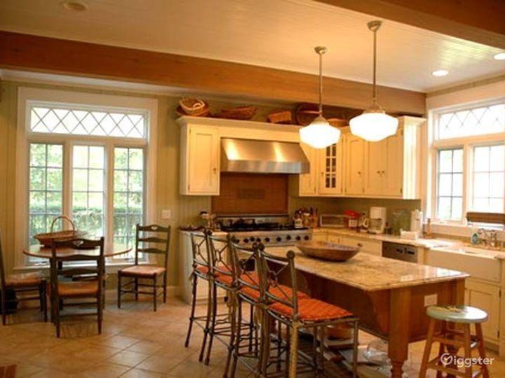 Traditional shingled Hamptons home: Location 4204 Photo 2