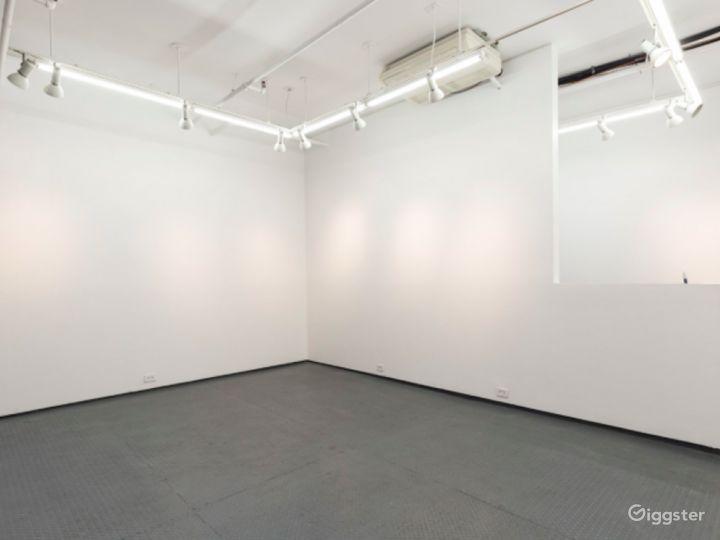 A Perfect Contemporary White Box Photo 5
