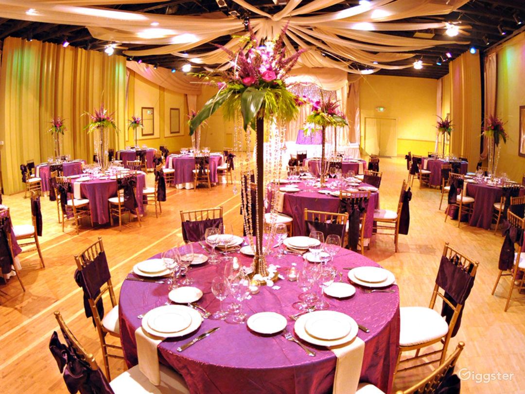 Upscale Ballroom in Sacramento Photo 1
