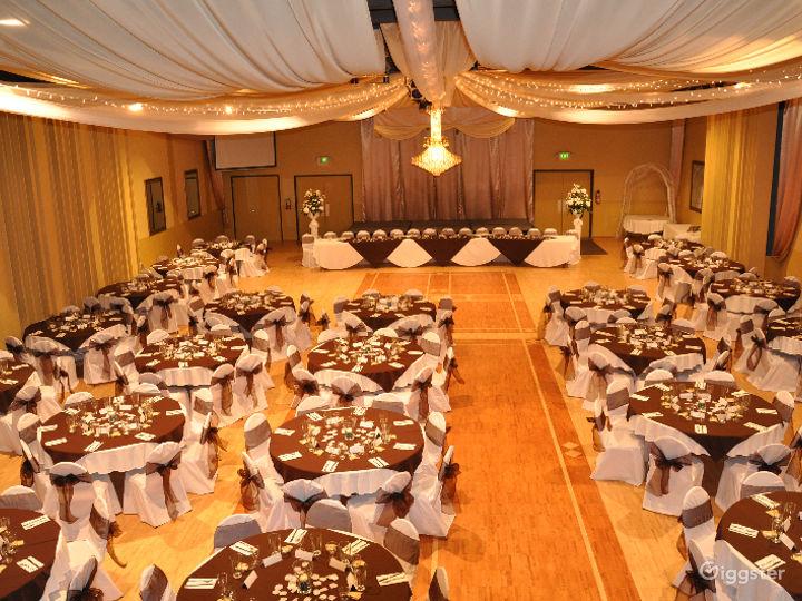 Upscale Ballroom in Sacramento Photo 2