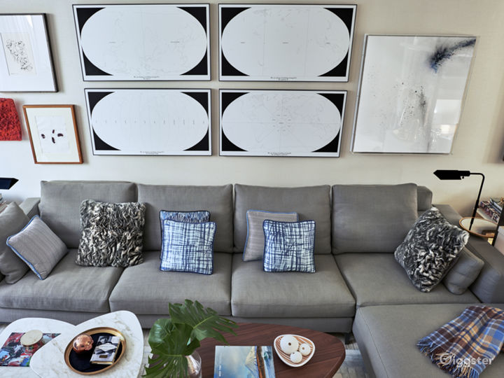 Contemporary Brooklyn apartment: Location 5091 Photo 2