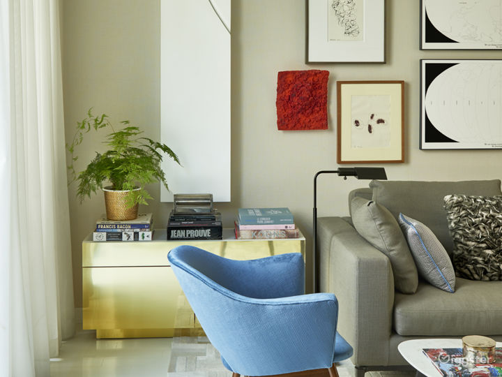Contemporary Brooklyn apartment: Location 5091 Photo 5