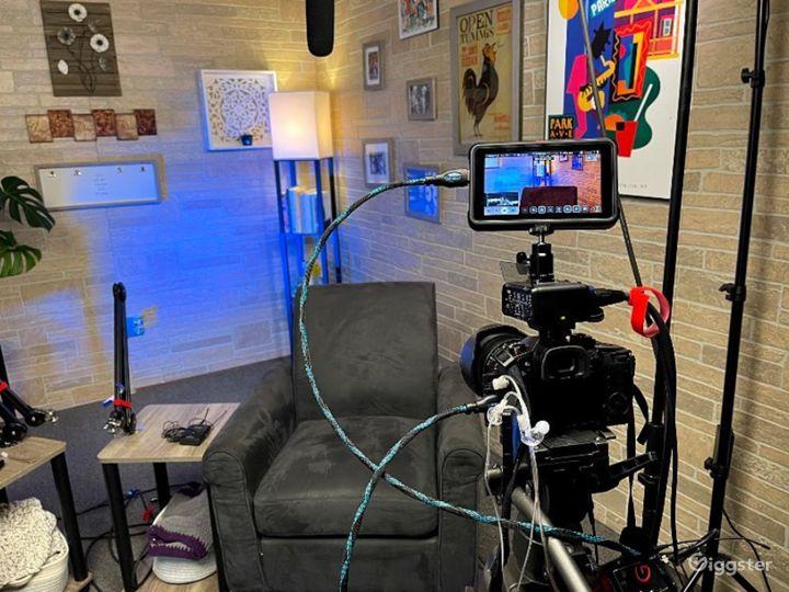 Pod Room Video Podcasts Photo 2