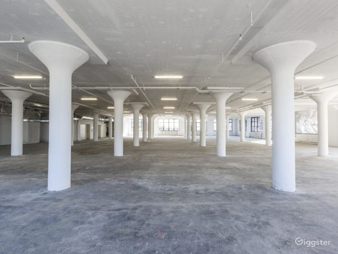 Commercial Exhibition Property Photo 1