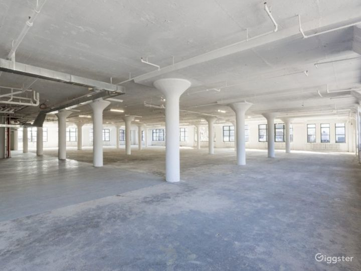 Commercial Exhibition Property Photo 2