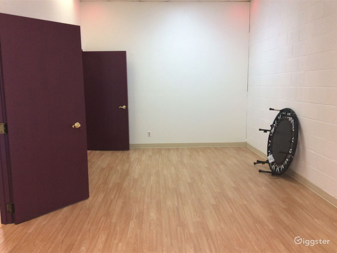 Peaceful, Bright, and Light Fitness Studio Photo 1
