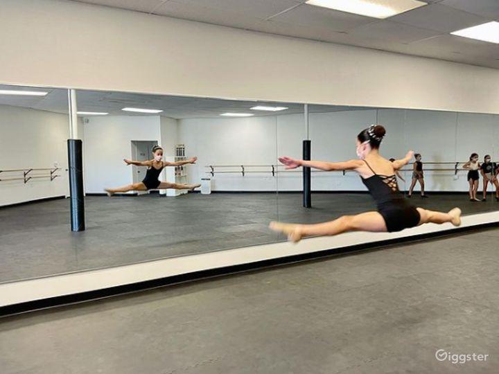 Contemporary Dance Studio III in San Marcos Photo 3