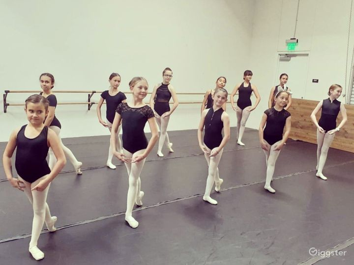 Contemporary Dance Studio III in San Marcos Photo 5