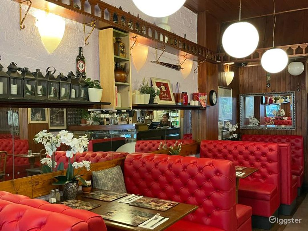 French and Turkish Restaurant in Belsize Park Photo 1