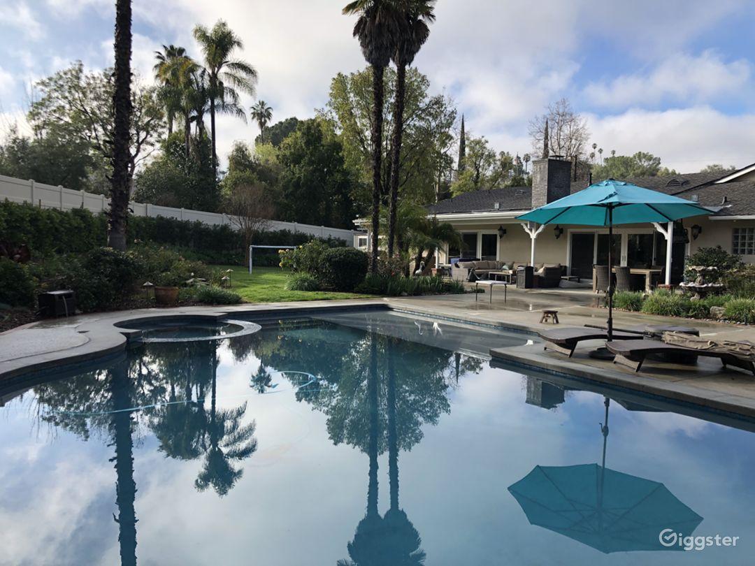 Estate property Photo 2