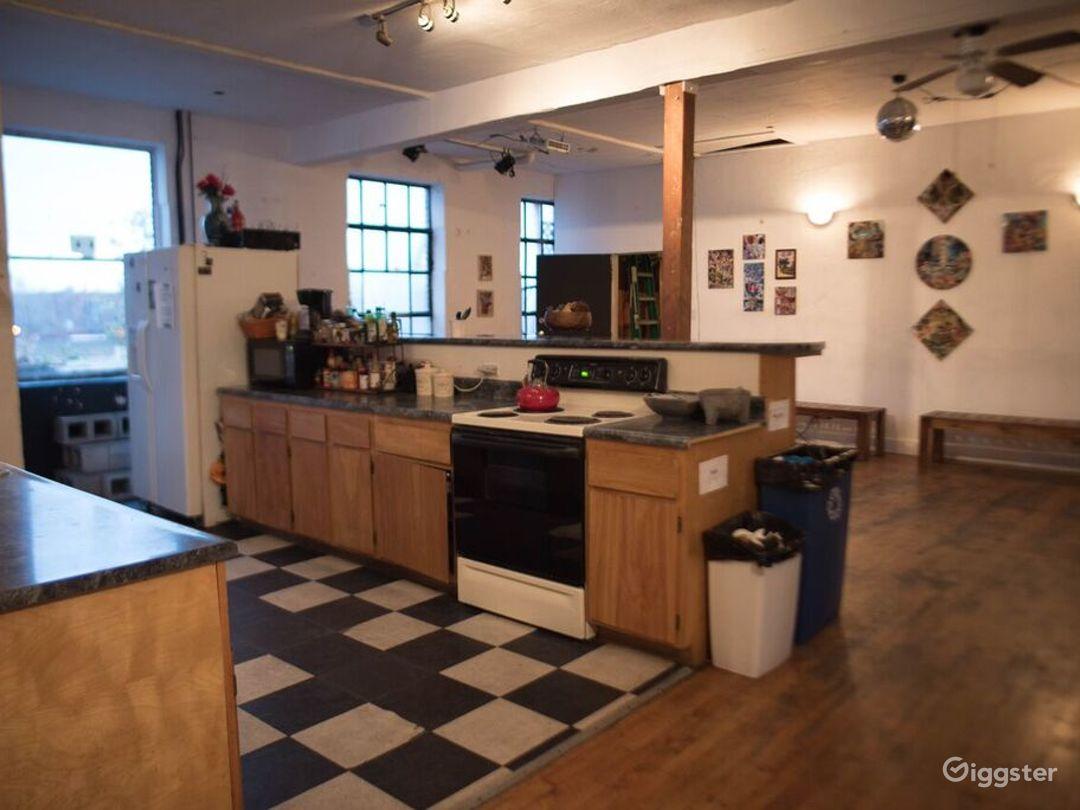Warehouse / Recording Studios / Kitchen / Photo 5