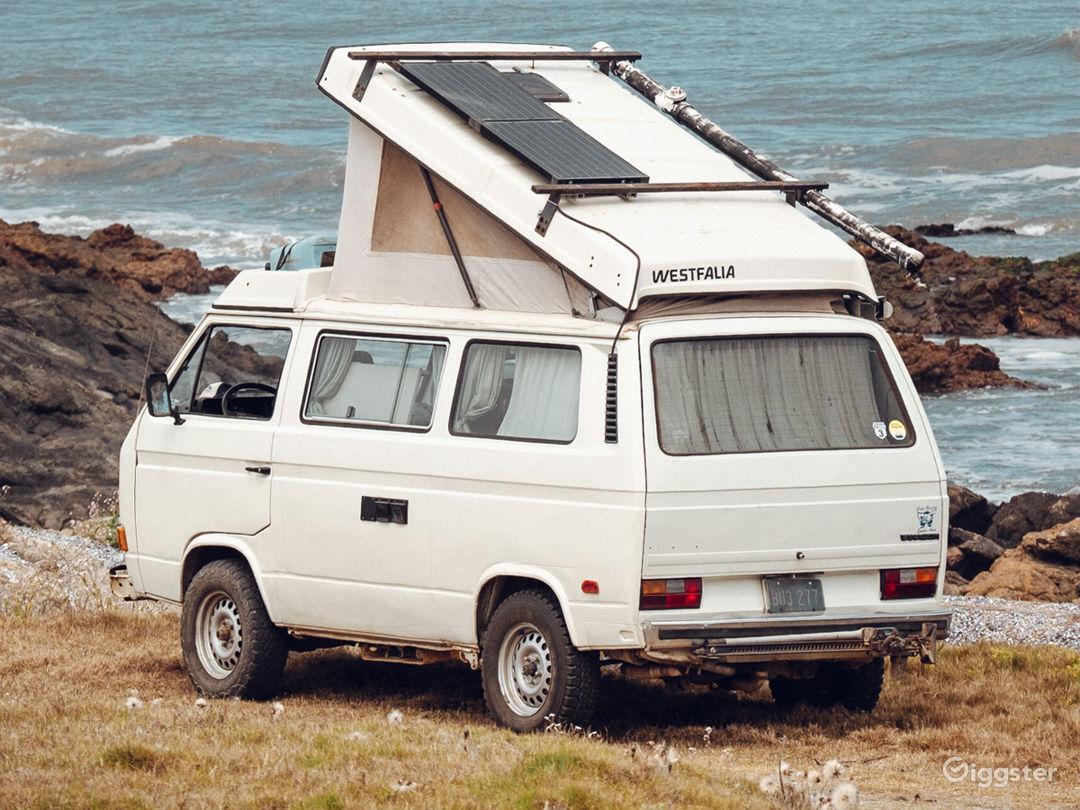 Volkswagen Westfalia Vanagon '84 for hire in Miami Photo 1