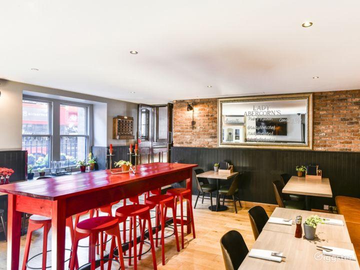 Lady Abercorn's Pub & Kitchen Photo 4