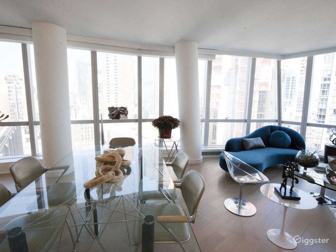 Large, bright, modern Midtown East loft Photo 4