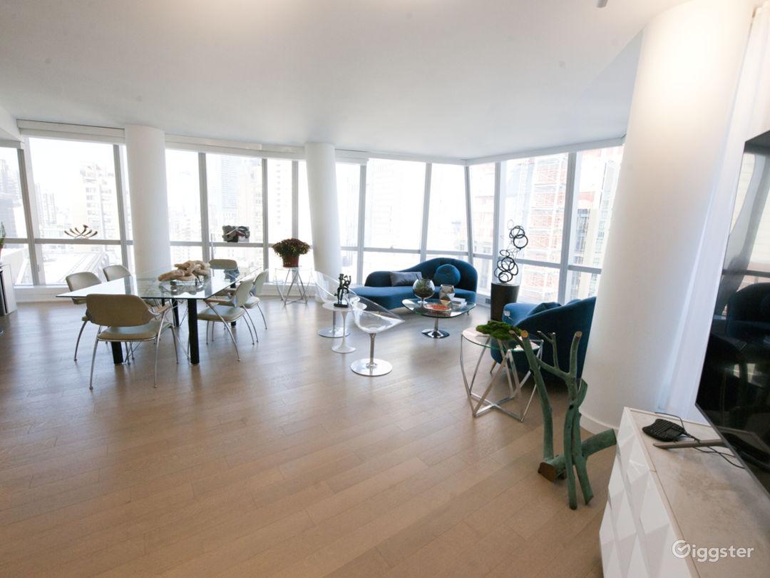 Large, bright, modern Midtown East loft Photo 2