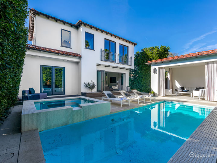 West Hollywood Mediterranean home with cabana  Photo 3