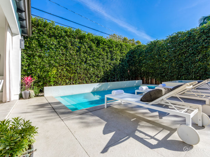 West Hollywood Mediterranean home with cabana  Photo 5