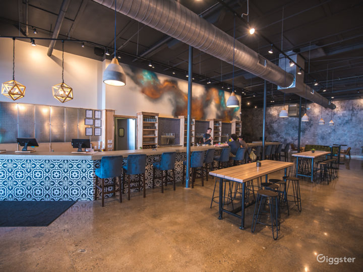 Urban Cidery and Tasting Room - South Slope Photo 2