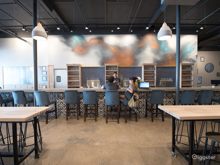 Urban Cidery and Tasting Room - South Slope Photo 3