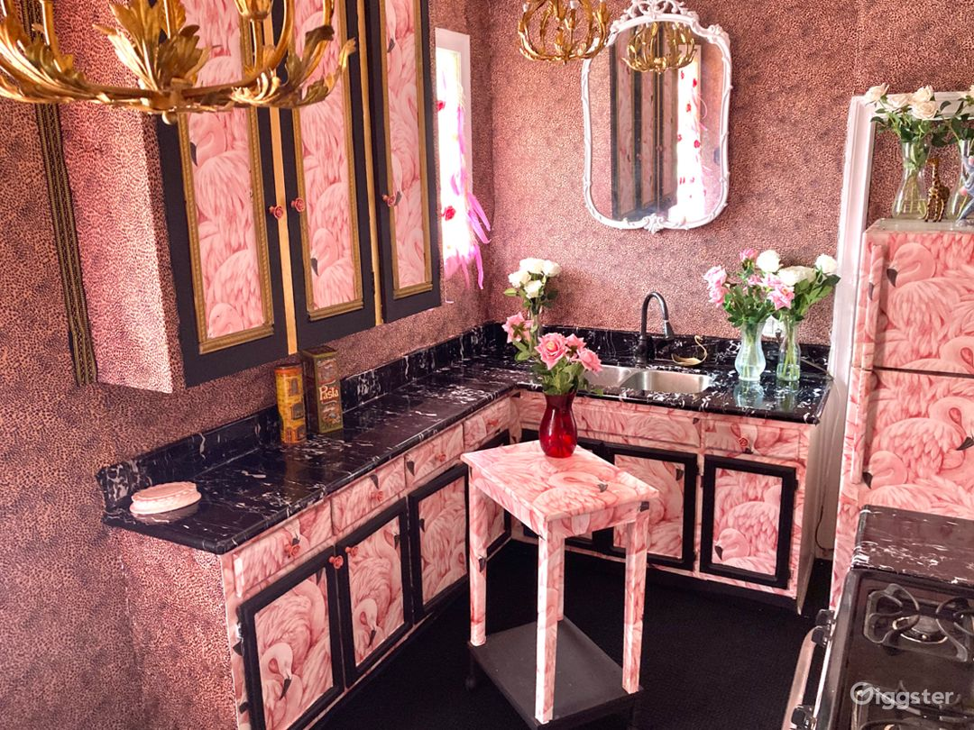 Day and Night dream luxurious vintage apartment  Photo 1