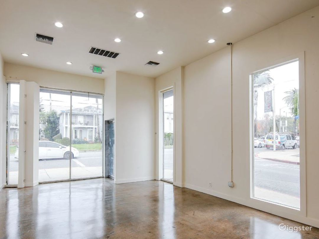 Gorgeous Blank Canvas Storefront West Hollywood Photo 2