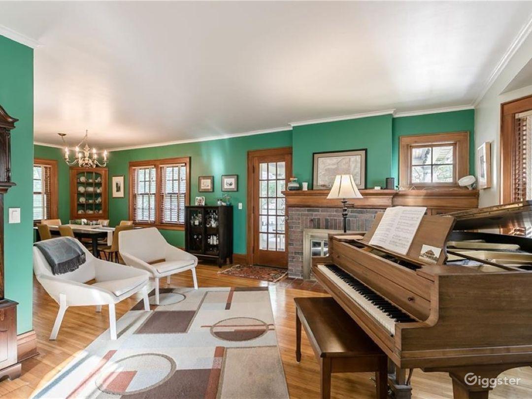 Rare, beautiful, original wood Craftsman House NY Photo 3