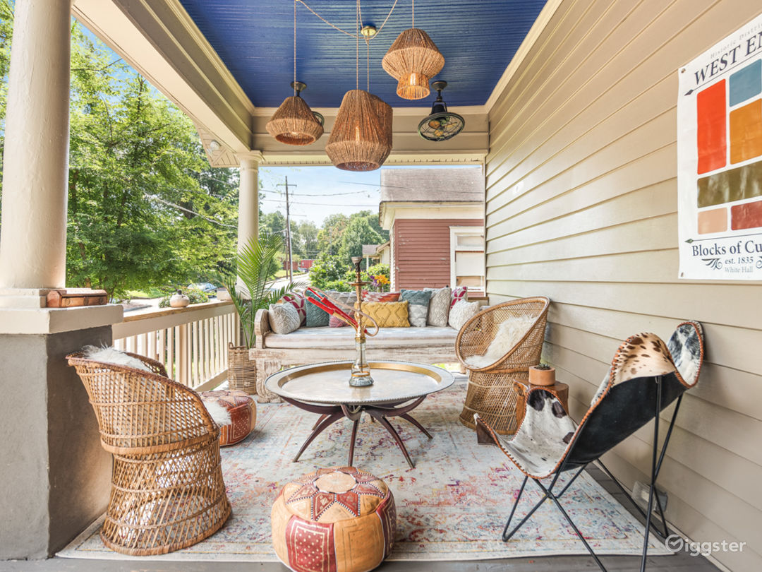Bright|Modern|Industrial Home Oozes Eclectic Flair Photo 4