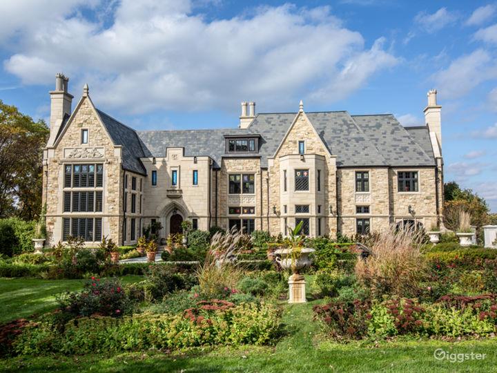 Brooke English Manor Home Photo 3