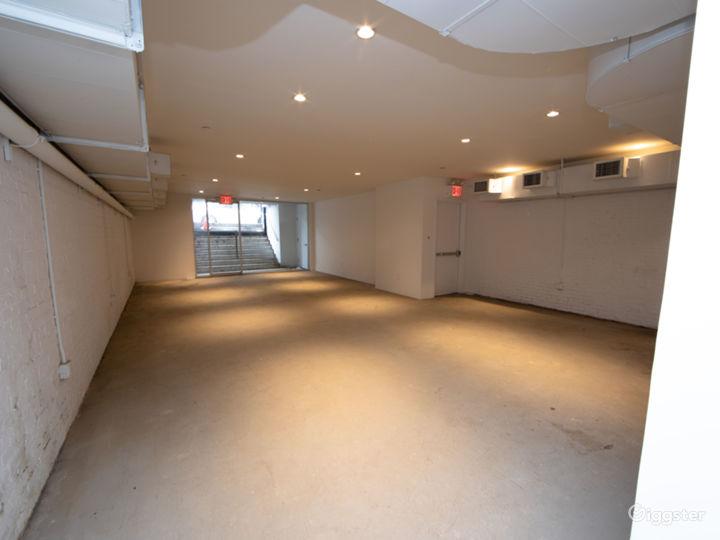 Convertible Modern Retail Space & Galería Photo 4