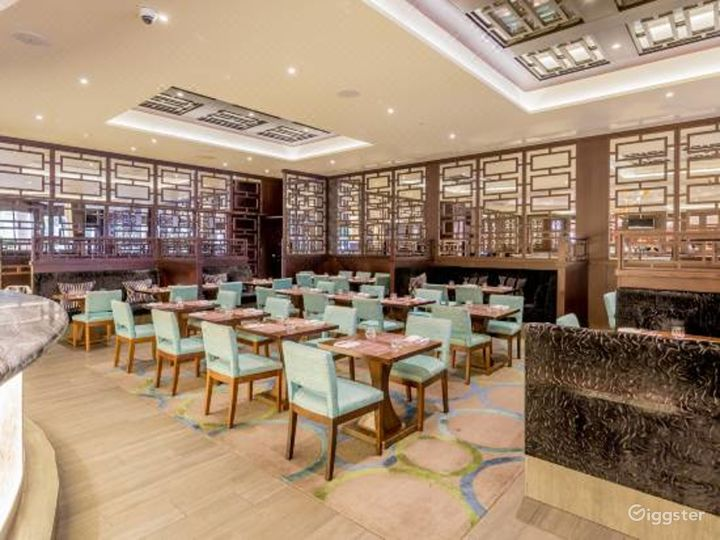 Luxurious Steak & Lobster Restaurant in London, Heathrow Photo 3