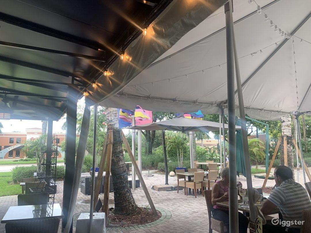 Outside Dining Restaurant Photo 1