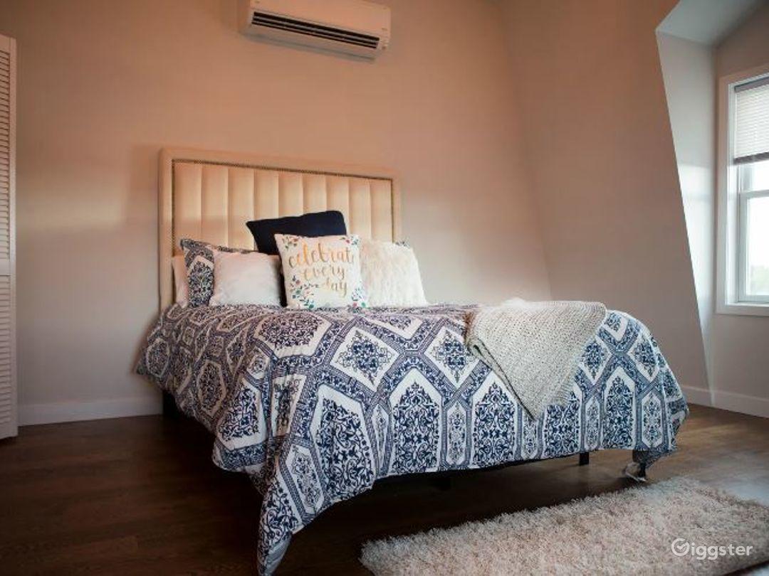 Upscale Apartment Photo 3