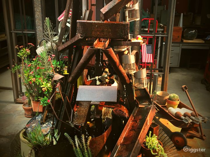 NoHo Art District Eclectic Home Photo 4