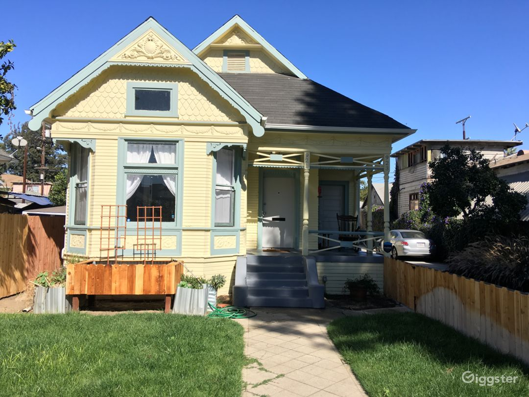 Historic Queen Anne Victorian Home in LA Photo 1