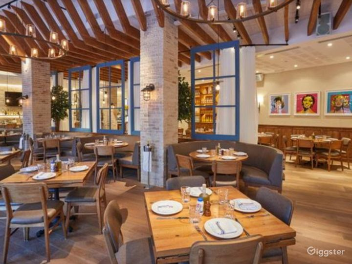 A Cozy Dining Space for Productions in New York Photo 3