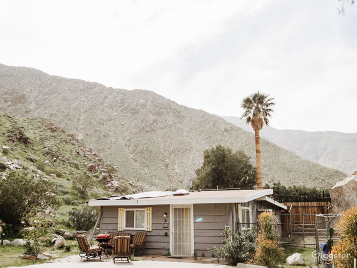 Rustic Ranch in The Tranquil Palm Springs Desert   Photo 4