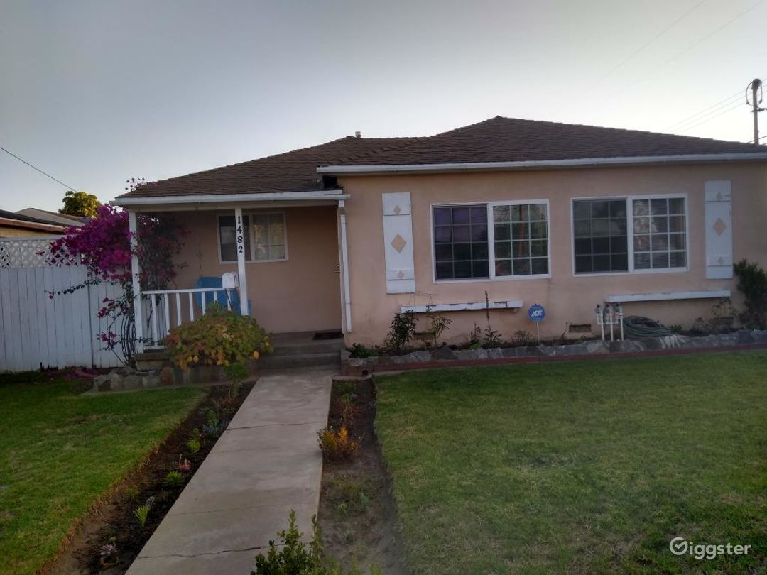 Ranch Style 1950's Family Home w/ Large Backyard Photo 1