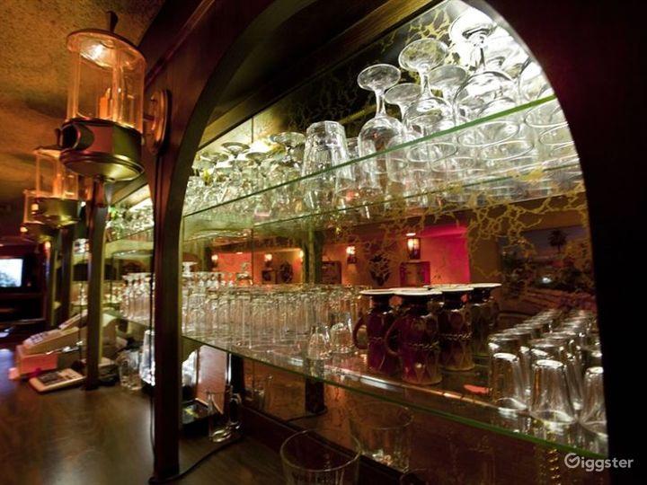 Retro Style Hollywood Bar & Cafe  in LA Photo 5