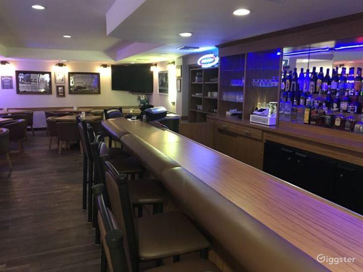 Retro Style Hollywood Bar & Cafe  in LA Photo 2
