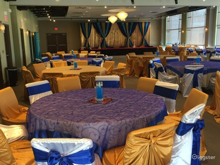Cascades Overlook Event Center - Elegant Grand Ballroom  Photo 4