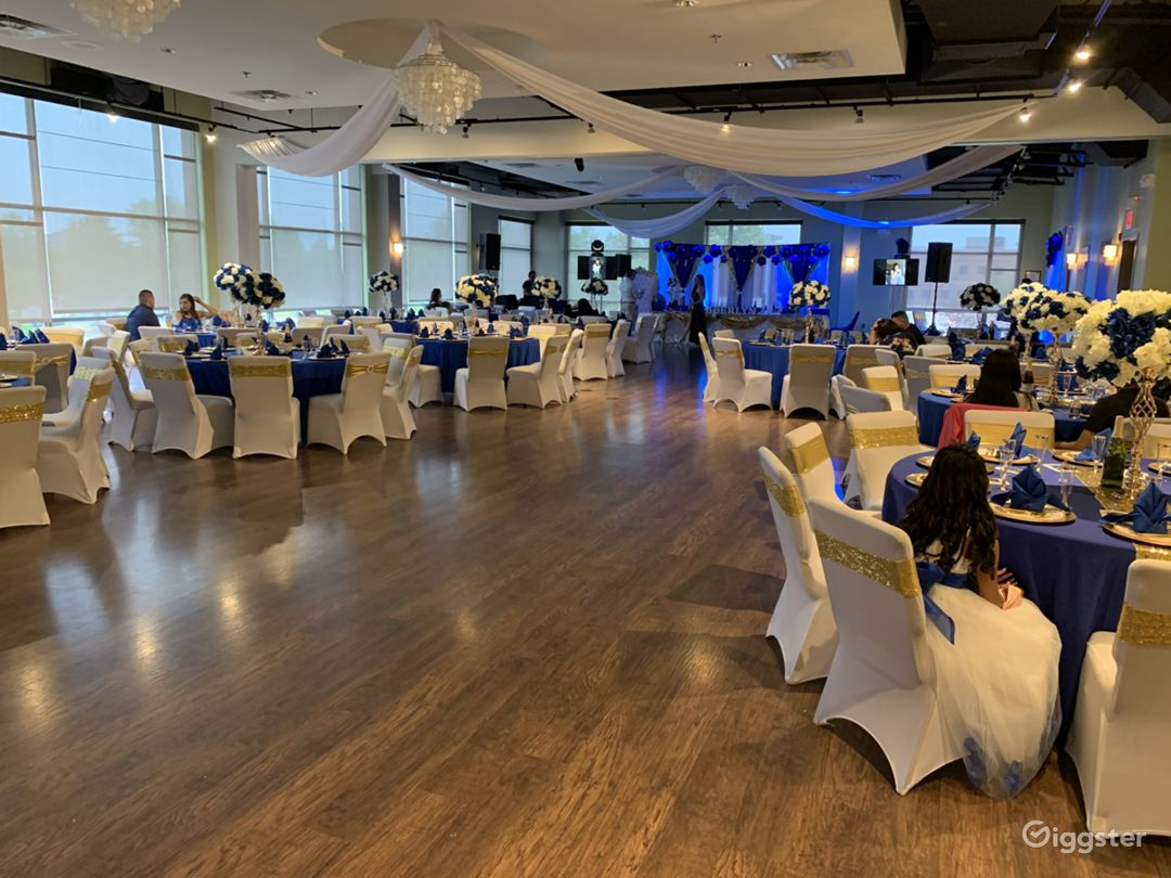 Cascades Overlook Event Center - Elegant Grand Ballroom  Photo 1