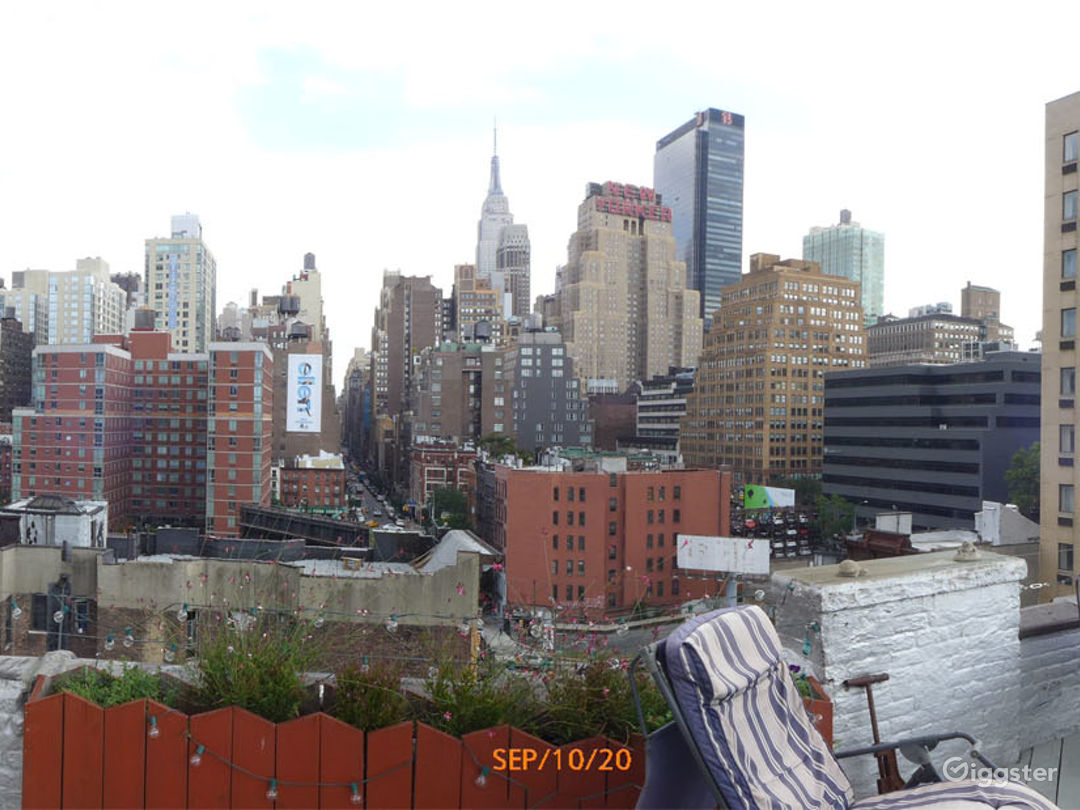 Rooftop With Midtown NYC View Photo 2