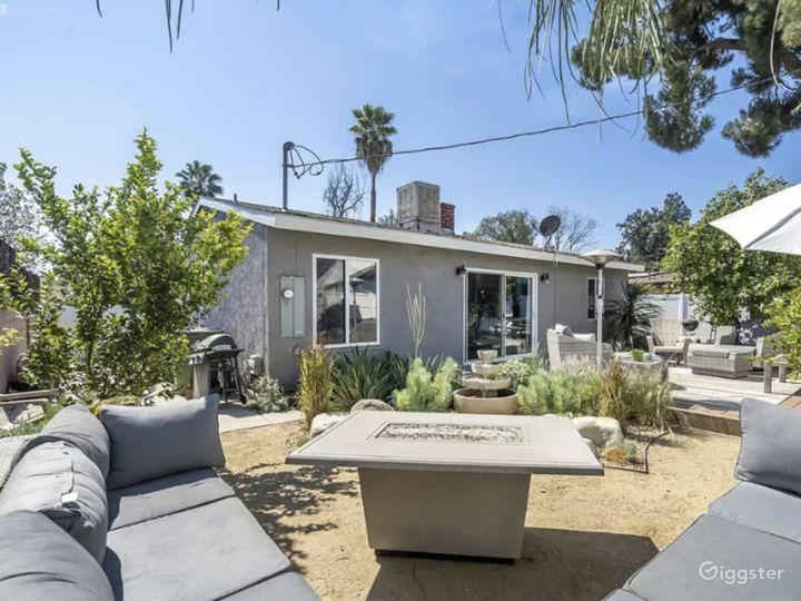 North Hollywood Rustic Coastal Ranch House Photo 2