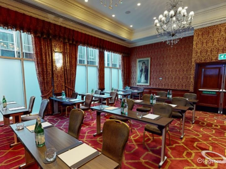 Gorgeous Private Room 38 in London, Heathrow Photo 4
