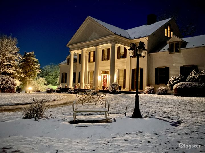 Front of the mansion winter