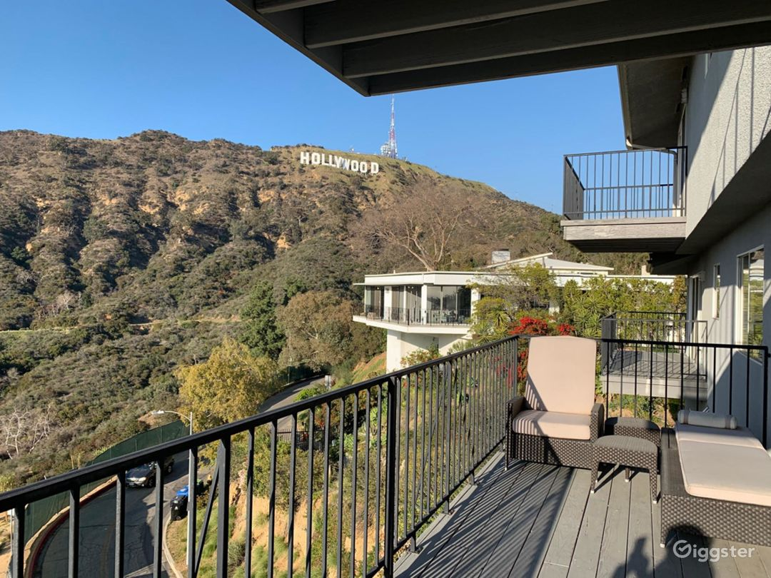 Hollywood Hills Sign Modern Home Photo 1