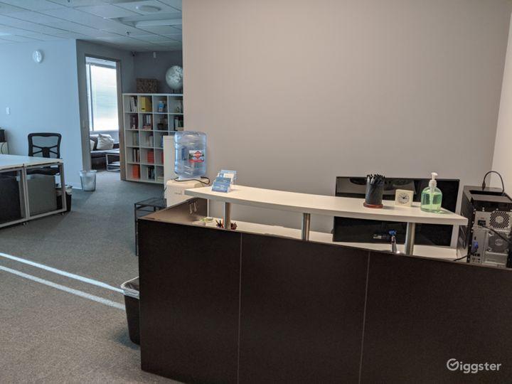 Private Office 204-C in Burbank Photo 2
