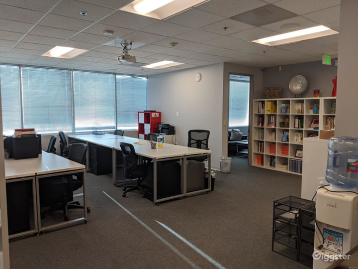 Private Office 204-C in Burbank Photo 3