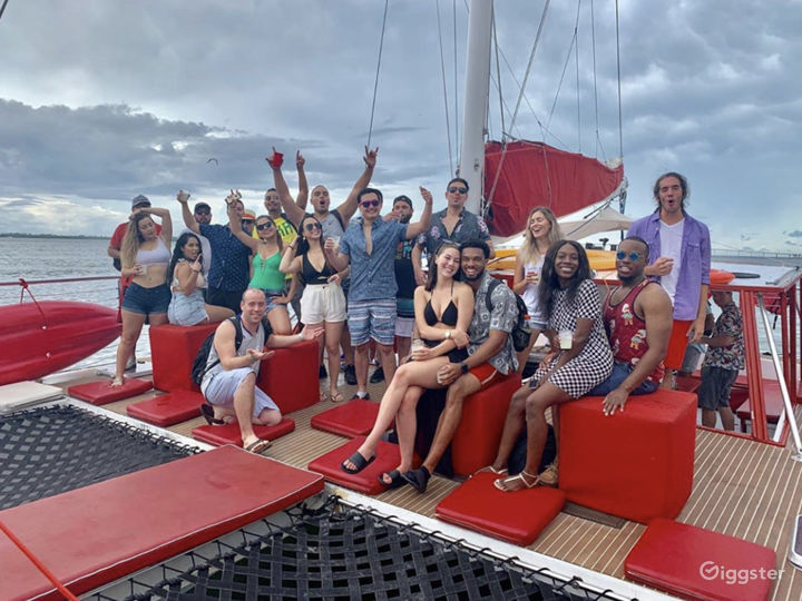 Relaxed and Spacious 49FT CATAMARAN Party Boat Space Events  Photo 2