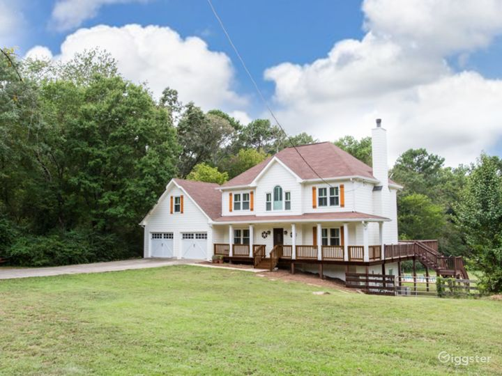 Beautiful House with Wrap-Around Porch and Horses